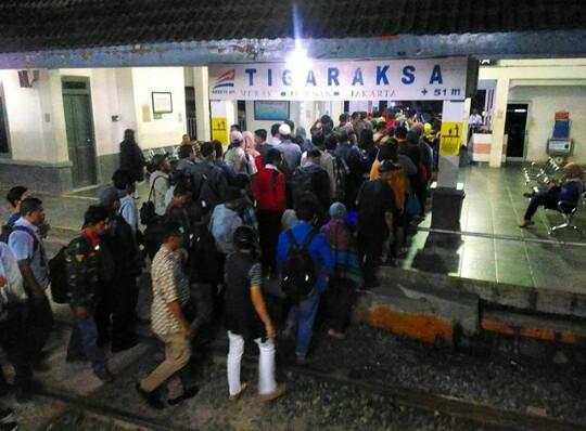 Stasiun Tigaraksa