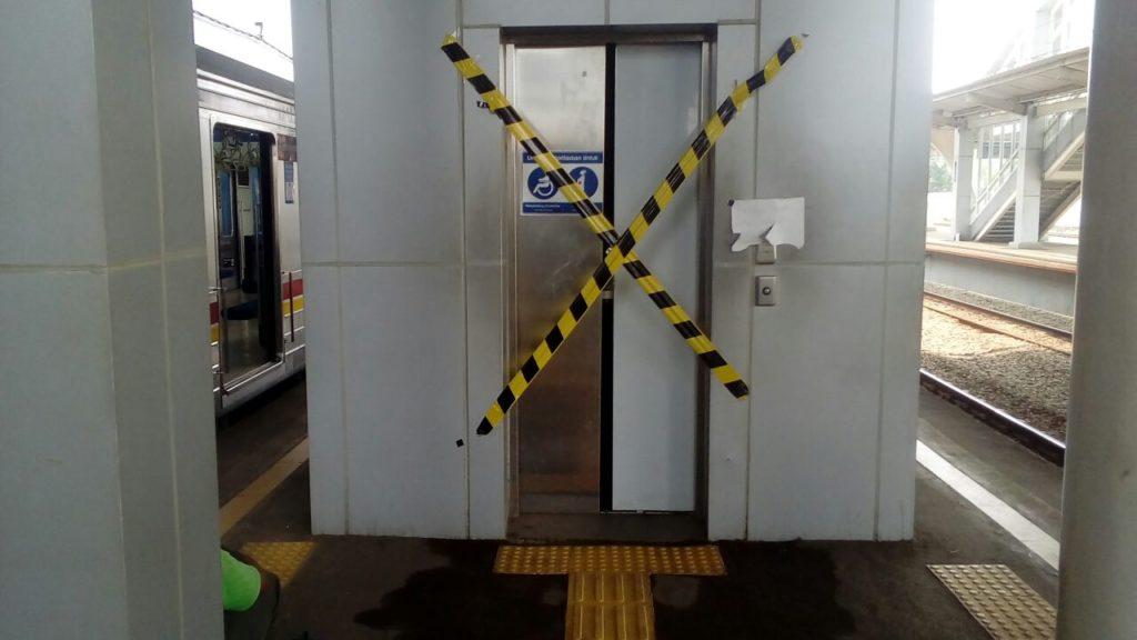 Lift Di Beberapa Stasiun Greenline Rusak Tidak Berfungsi