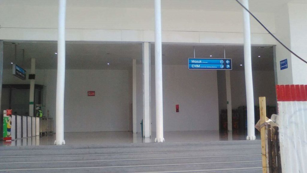 Pintu Baru di Stasiun Jakarta Kota