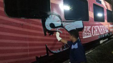 Vandalisme Perusak Estetika KA Bandara